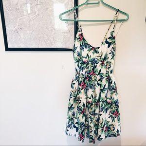 ✨Paper Crane✨ Floral Mini Dress